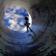 girl-in-tunnel