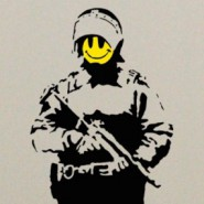 banksy-smiley-cop-285x2851-185x18511111111